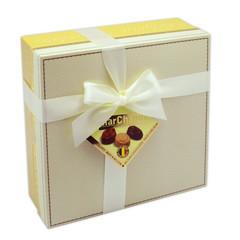 Подарочный набор шоколадных конфет MarChand Пралине ассорти 400 г