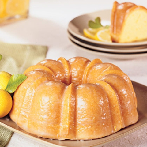 https://static-ru.insales.ru/images/products/1/6459/9689403/0725128001345186232_lemon_cake.jpg