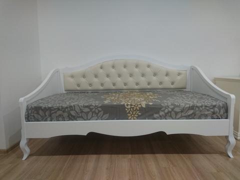Кровать диван в стиле прованс фото