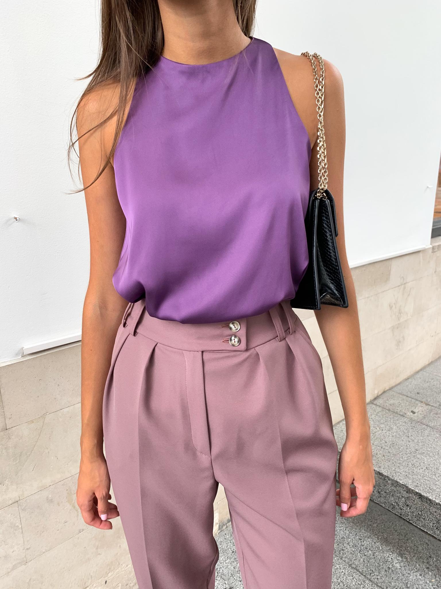 Майка шелковая с глубокой проймой (фиолетовый)