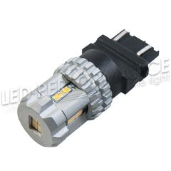 Светодиодная лампа 3157 (P27/7W)