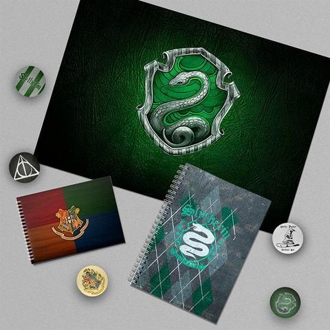 Слизерин: набор из плаката А3, блокнота, тетради и 5 значков