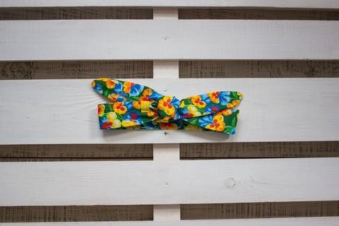Повязка на голову (солоха) зеленая с желтыми и голубыми цветами