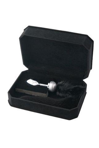 Маленькая анальная втулка с черным хвостом - 8,5 см.