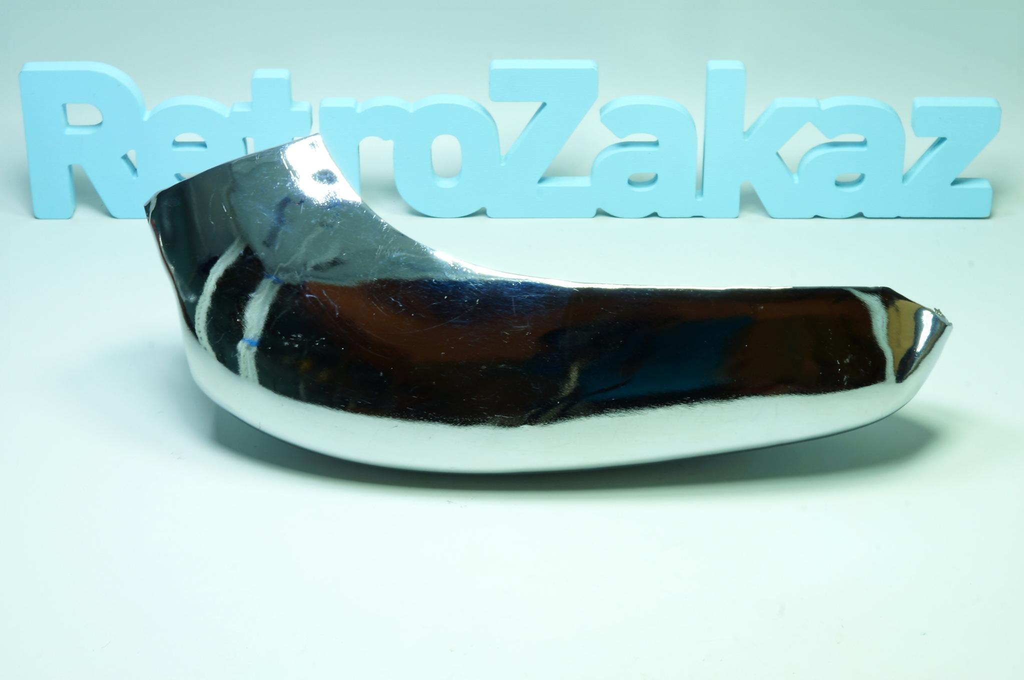 Угол переднего бампера Газ 24