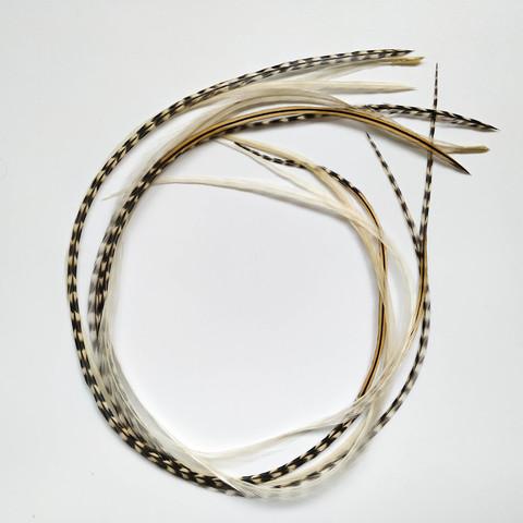 Перья петуха в волосы 35-40 см. 6 шт. (1-набор)