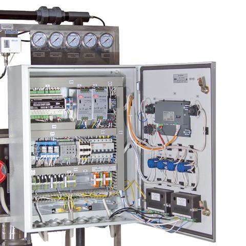 AWT RO-4/8040 - установка обратного осмоса с насосом (до 4 м3/ч)