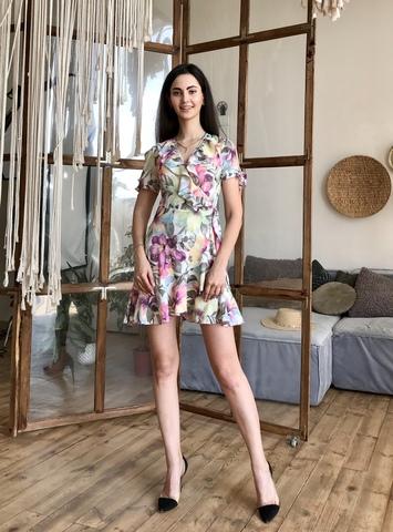 Марта. Летнее платье на запах с воланами. Сиреневые цветы
