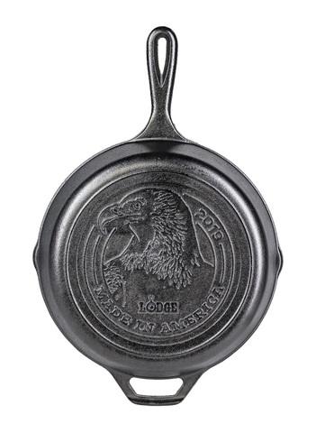 Сковорода чугунная  с лого Made in Amerika, артикул L8SKMIA19