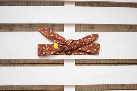 Повязка на голову (солоха) коричневая в мелкий цветок