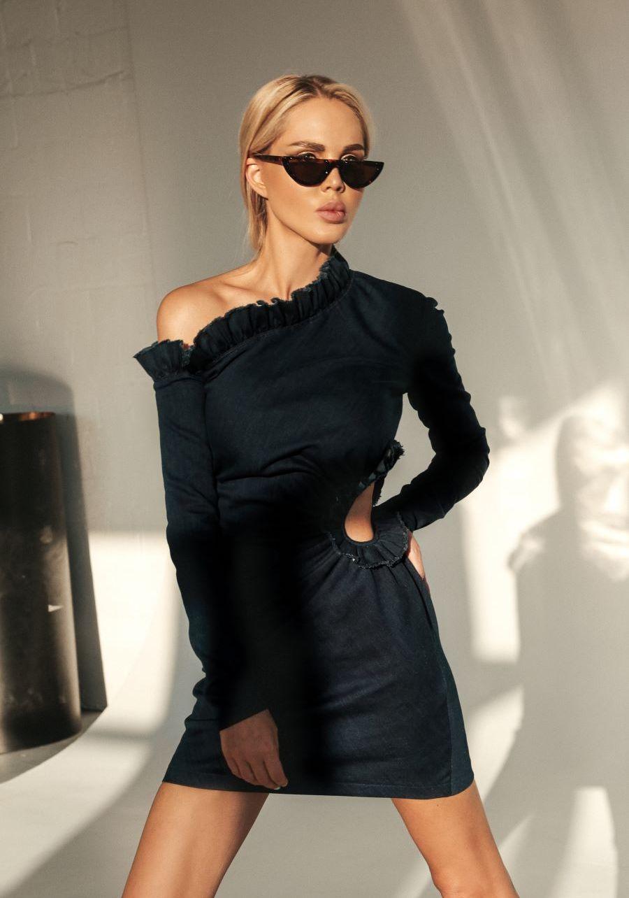 Платье джинсовое темно-синее  с рюшами