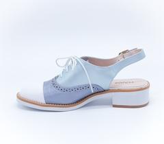 Кожаные комбинированные босоножки на шнуровке с открытой пяткой