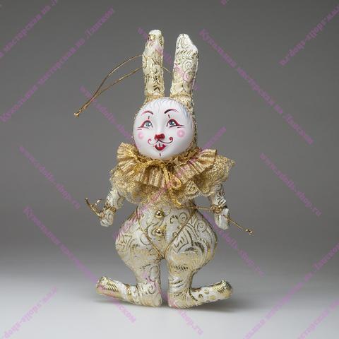 Кролик с двойным воротником