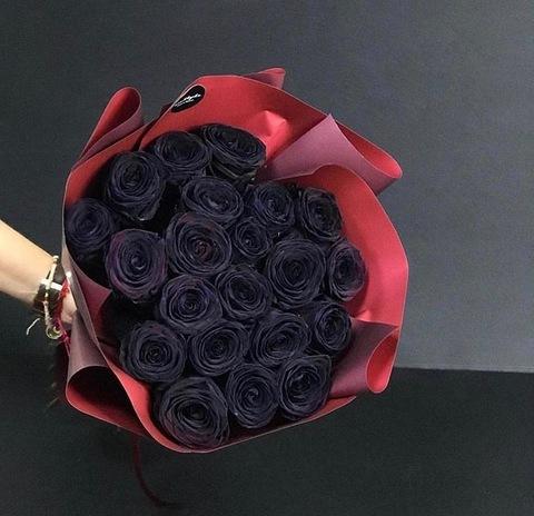 21 чёрная роза в оформлении #26892