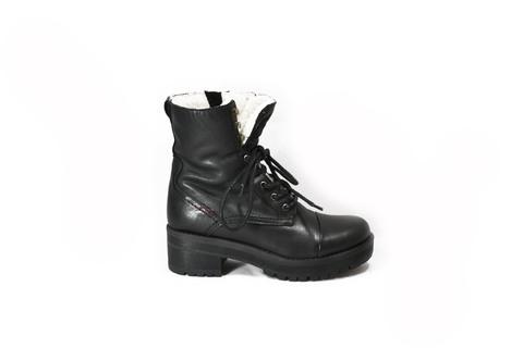 Зимние ботинки из натуральной шерсти массивном протекторе