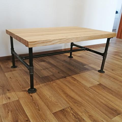 Журнальный столик из натурального дуба в индустриальном (лофт) стиле