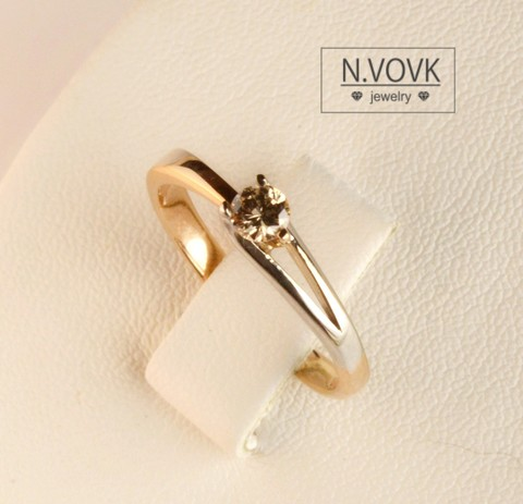 Кольцо с природным бриллиантом цвета шампань