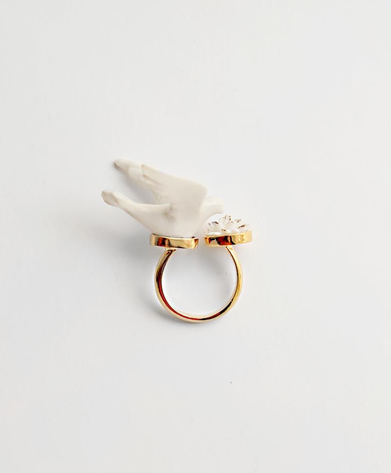 Кольцо Flower Dove White