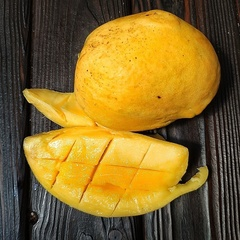 Манго свежее (Камбоджа), 1 кг (2 - 3 шт)