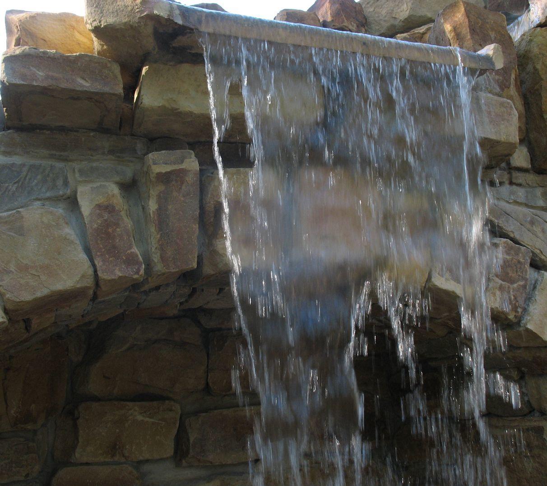 Бутовый камень кладочный Каштан водопад