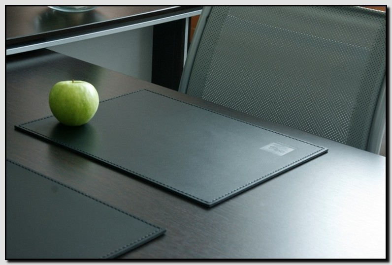 прямоугольный кожаный бювар 100*60 см