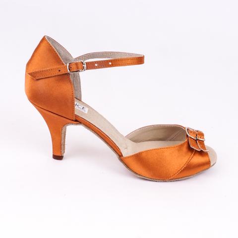 Туфли для латины с пряжками