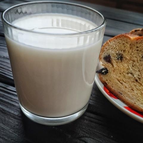 Фотография Молоко козье пастеризованное 2.8-5,6 % / 0.5 л купить в магазине Афлора