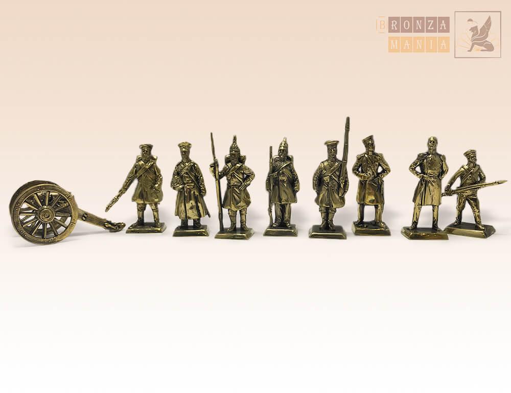набор солдатиков Русская Императорская Армия с пушкой 1854-56 г. 8 шт.