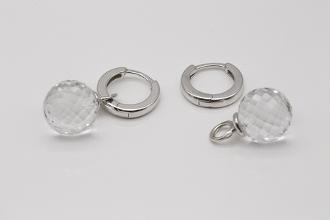 Серьги-конго из серебра с хрусталем 400540120031