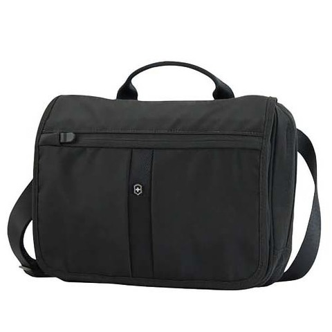 Сумка Victorinox Adventure Traveler , черная, 27x8x22 см, 4 л
