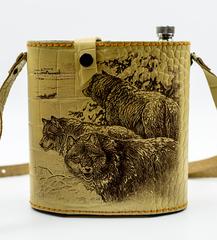 Фляга в кожаном чехле Волчья стая, 1,5 л, фото 1