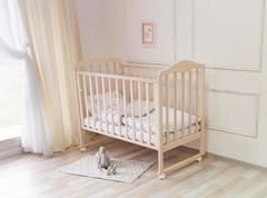 Кровать детская Берёзка (автостенка, колеса, качалка, накладка ПВХ)