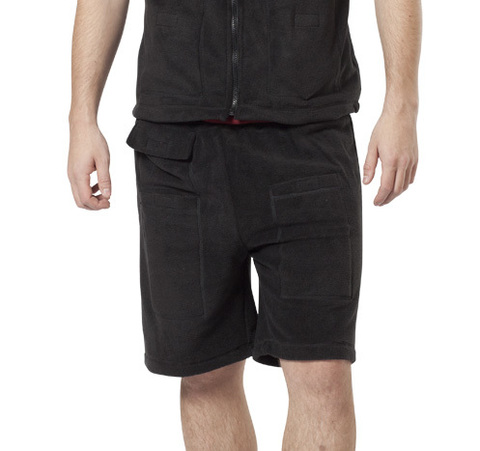 Тонкие теплые флисовые шорты с регулируемым электрическим обогревом сохранят ноги в тепле в любую погоду и при любом виде зимних занятий