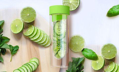 Бутылка Asobu Flavour it (0,48 литра), зеленая