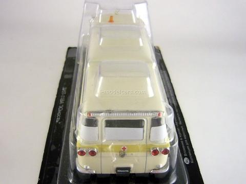 ZIL-118A Ambulance USSR 1:43 DeAgostini Service Vehicle #49