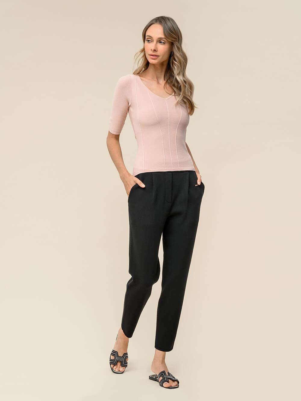 Женские укороченные брюки черного цвета из вискозы - фото 1