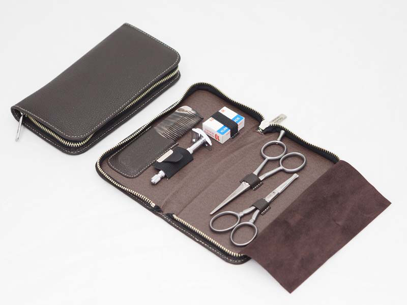 Маникюрный набор-брелок в футляре Solinger Dovo 508056