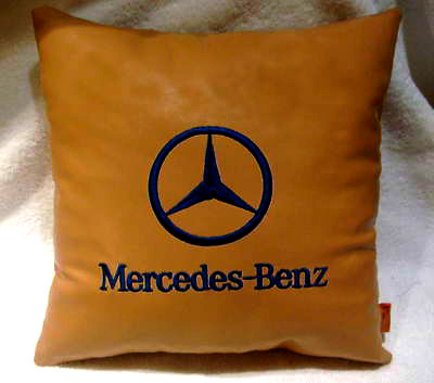 Подушка кожаная Mercedes-Benz