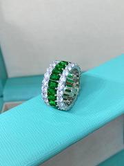 13099- Кольцо-дорожка из серебра с зеленым и белыми цирконами