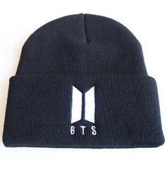 Вязаная шапка с отворотом и вышивкой BTS, черная