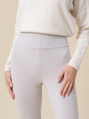 Женские брюки светло-серого цвета из 100% кашемира - фото 5