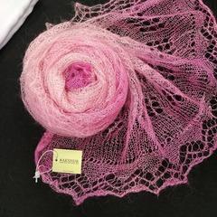 Оренбургский пуховый палантин розовый 33