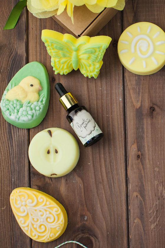 Мыло в форме яблока. Пластиковая форма