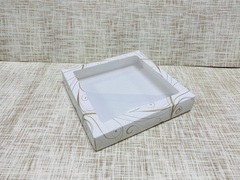 Коробка 20х20х3.5 см, картон, с окошком,