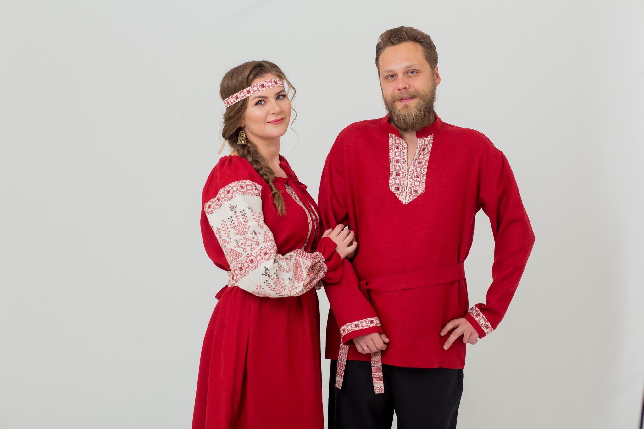 Мужская льняная рубаха Брусничный цвет с поясом купить