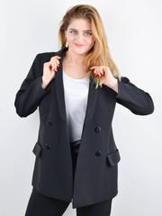 Дольче. Пиджак для офиса plus size. Черный.