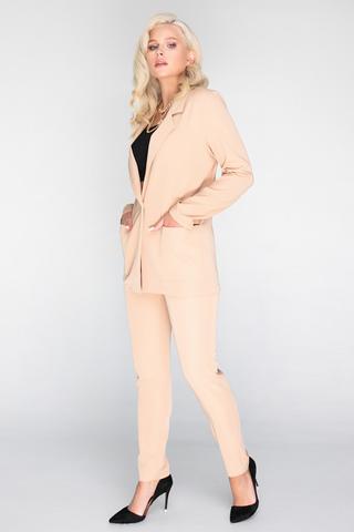 <p>Хит сезона! Деловой костюм модного кроя. Пиджак свободного силуэта. Рукав длинный. Функциональные карманы. Без подклада. Брюки на резинке.&nbsp;</p>