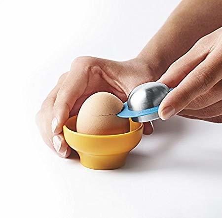 Набор для яиц Mastrad (4 подставки, ложка, солонка), в подарочной упаковке
