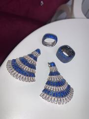 Серьги Веер из серебра с синими микроцирконами