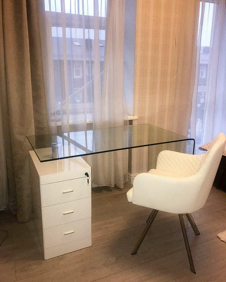 Письменный стол F-306-650 прозрачный/белый
